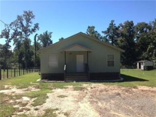 3 BR,  3.50 BTH  Single family style home in Earlville