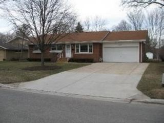 4 BR,  1.50 BTH  Traditional style home in Joliet