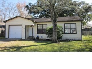 3 BR,  2.50 BTH  Single family style home in Harwood Heights