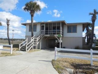 3 BR,  3.00 BTH Raised ranch style home in North Myrtle Beach
