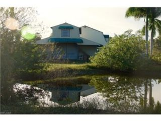Studio,  0.00 BTH  Land style home in Fort Myers