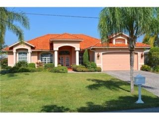 3 BR,  2.00 BTH  Single family style home in Cape Coral