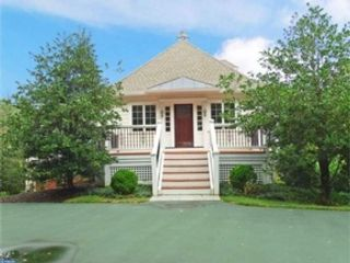 3 BR,  2.50 BTH Single family style home in Newtown