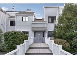 4 BR,  2.50 BTH  Colonial style home in Darien