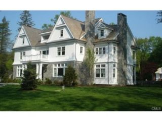 6 BR,  7.50 BTH  Colonial style home in New Canaan