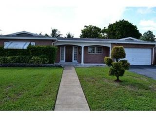 3 BR,  3.00 BTH  Single family style home in Fort Lauderdale