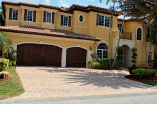 4 BR,  4.00 BTH Single family style home in Pompano Beach