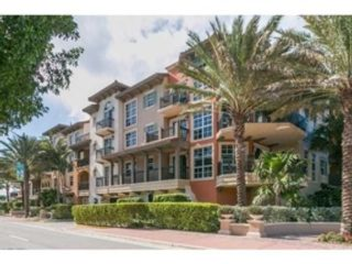 2 BR,  2.50 BTH  Condo style home in Lauderdale by the Sea