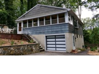 3 BR,  2.00 BTH Ranch style home in Danbury