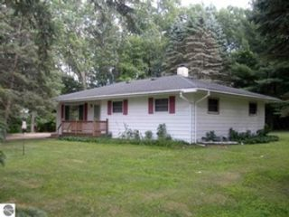 3 BR,  1.00 BTH  Single family style home in Manchester