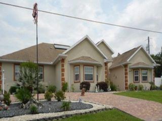3 BR,  2.50 BTH Single family style home in Eustis