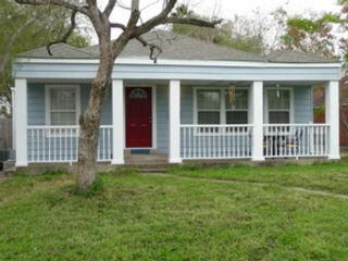 3 BR,  1.00 BTH Ranch style home in New Bedford