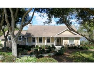 5 BR,  3.50 BTH Single family style home in Leesburg