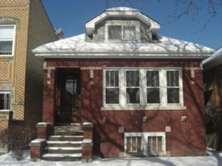 3 BR,  2.50 BTH Ranch style home in Glenview