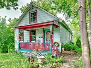 4 BR,  4.50 BTH Single family style home in Naperville