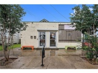 2 BR,  1.00 BTH Victorian style home in New Orleans