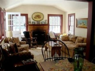 3 BR,  2.00 BTH Cape cod style home in Litchfield