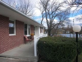 4 BR,  2.50 BTH Colonial style home in Brookfield