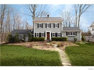 3 BR,  2.00 BTH  Single family style home in New Canaan