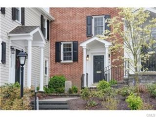 2 BR,  2.50 BTH Colonial style home in New Canaan