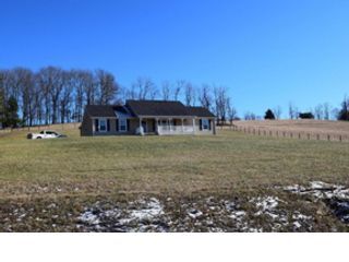 3 BR,  2.00 BTH Ranch style home in Floyd