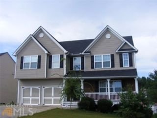 3 BR,  2.00 BTH Traditional style home in Smyrna