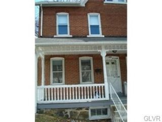 4 BR,  2.00 BTH  Single family style home in Easton