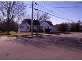 6 BR,  3.50 BTH Single family style home in Linville