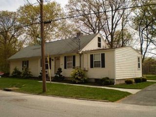 3 BR,  3.50 BTH Single family style home in Voluntown