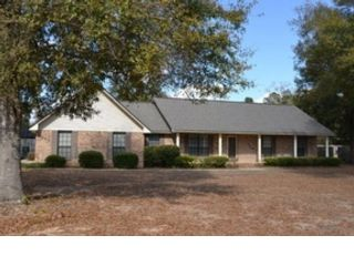 3 BR,  2.00 BTH Single family style home in Warwick