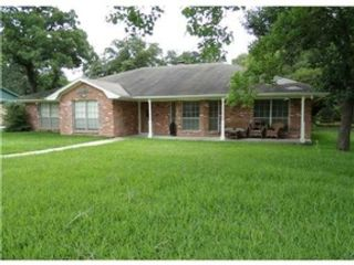 5 BR,  3.50 BTH  Single family style home in Valdosta