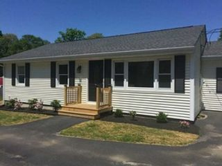 3 BR,  3.50 BTH Single family style home in Gastonia