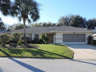 3 BR,  2.00 BTH Condo style home in Leesburg