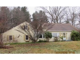 3 BR,  1.50 BTH  Raised ranch style home in Brookfield