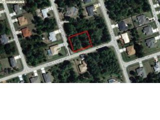 5 BR,  4.50 BTH Single family style home in Palm Coast