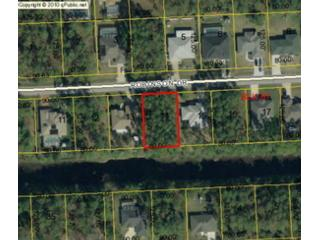4 BR,  4.50 BTH Single family style home in Palm Coast