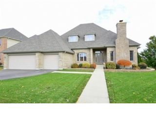 4 BR,  3.50 BTH Colonial style home in St Charles