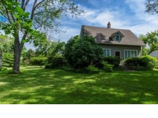 5 BR,  5.50 BTH  Single family style home in St Charles