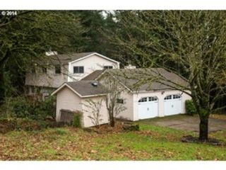 6 BR,  4.00 BTH Single family style home in Grayling