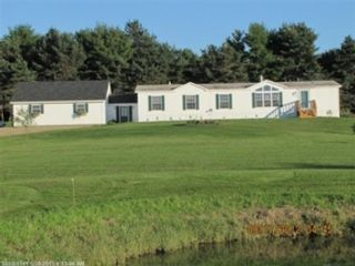 3 BR,  2.00 BTH Single family style home in Roscommon