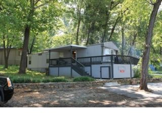 4 BR,  3.50 BTH Single family style home in Plymouth