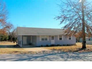 4 BR,  3.50 BTH Cottage style home in Baton Rouge