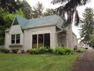 3 BR,  2.00 BTH Triple wide mfh style home in Grants Pass