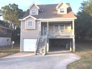 3 BR,  2.00 BTH Single family style home in Picayune