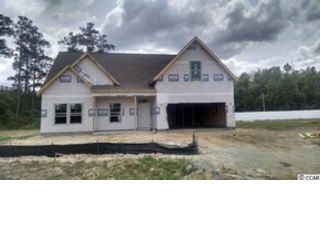 4 BR,  2.50 BTH Single family style home in Orono