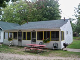 3 BR,  1.00 BTH 1-1/2 story style home in Standish