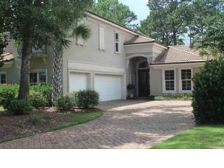 4 BR,  2.50 BTH Single family style home in Northport