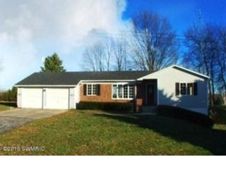 2 BR,  1.00 BTH Single family style home in Traverse City