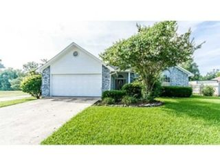 4 BR,  3.50 BTH Single family style home in Traverse City