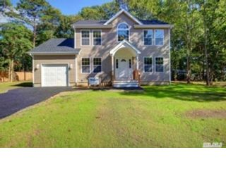 4 BR,  3.00 BTH Single family style home in Jacksonville